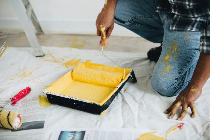 malowanie, remont, kolor zółty, ściany, malowanie pokoju dziecięcego